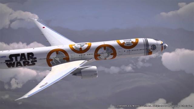 乗客までスターウォーズとコラボ!?全日空のスターウォーズ特別塗装機の遊覧飛行