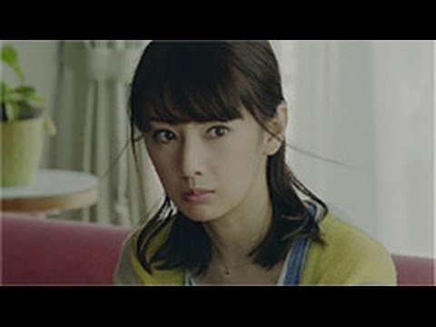 北川景子の出演する住友生命のCM「未来診断ビーム」、「未来からきた」篇